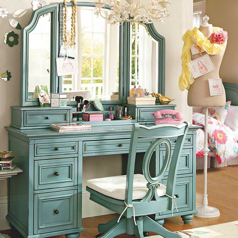 green-dressing-table-mirror